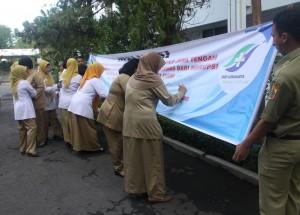 Penandatanganan Deklarasi oleh seluruh Pegawai RSJD Surakarta, 21 Desember 2015.